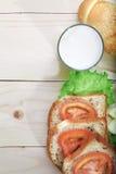 在木表面的健康膳食 免版税库存照片
