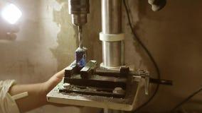 在木零件的钻孔 影视素材