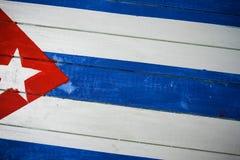 在木头绘的古巴旗子 免版税库存图片