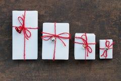 在木头的手工制造礼物盒 库存图片