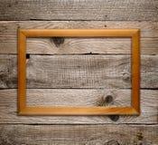 在木头的木制框架 免版税库存照片