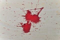 在木头的红色血液 库存图片