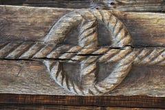 在木头的雕塑 免版税库存图片