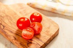 在木stong的西红柿 图库摄影