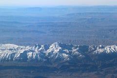 在札格罗斯山的鸟瞰图,伊朗 库存图片