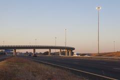 在机动车路的市郊运输 免版税图库摄影
