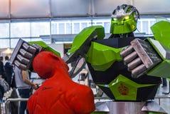 在机器人学商展的战斗机机器人2016年 图库摄影