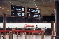 在机场登记 免版税库存照片