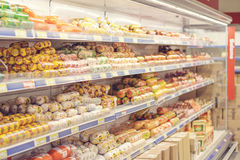 在杂货店的各种各样的肉 免版税库存图片
