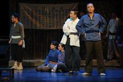 在村庄干部江西歌剧的竞选杆秤 免版税库存图片