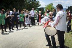 在村庄节日的音乐在Tserova Koria 免版税库存照片
