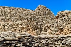在村庄des Bories的石小屋在Gordes附近 免版税库存照片