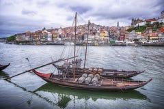 在杜罗河河的两条小船 免版税库存照片