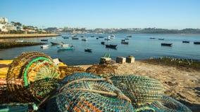在杜罗河河的嘴的渔夫小船 库存图片