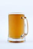 在杯子的冷的新鲜的啤酒 库存图片