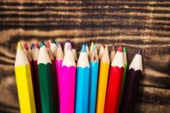 在杯子的颜色铅笔 免版税图库摄影