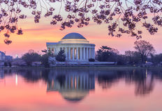 在杰斐逊纪念华盛顿特区的日出 图库摄影