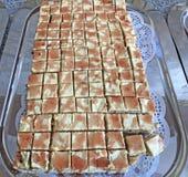 在板材做的蛋糕可口家 库存照片