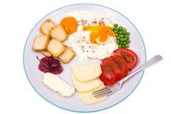 在板材的可口和健康早餐在白色 库存照片