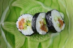在板材的寿司 免版税库存图片