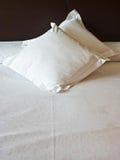 在枕头绣的美梦 免版税图库摄影