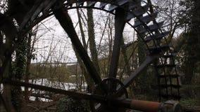 在林堡省的老水车轮子 股票视频