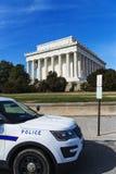 在林肯纪念堂的警察 免版税库存照片