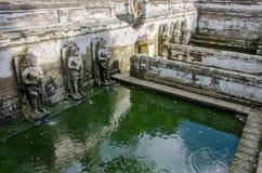 在果阿Gajah,巴厘岛的寺庙浴 免版税库存照片