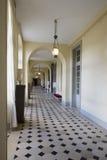 在枫丹白露宫,法国里面的走廊 免版税图库摄影