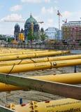 在柏林圆顶附近的工地工作 库存照片