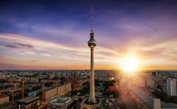 在柏林,德国地平线的日出  库存图片