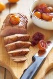 在柑橘调味汁的烤鸭子乳房 免版税图库摄影