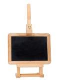 在查出的画架的空的小的黑板 免版税库存照片