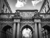 在查尔斯Street国王的曲拱 免版税库存图片
