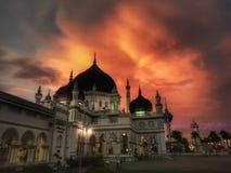 在查希尔清真寺,亚罗士打,吉打的美好的日落 库存照片