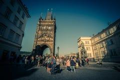 在查理大桥在布拉格老镇,捷克附近的烈士位置 免版税库存照片