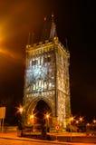 在查理大桥的夜视图在布拉格,捷克 图库摄影