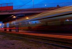 在柱子的电车 免版税图库摄影