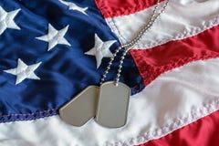 在标志的军事卡箍标记 免版税库存照片