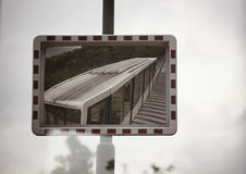 在标志的火车 免版税库存照片