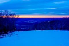 在树带界线西维吉尼亚的美好的冬天风景 库存照片