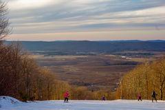 在树带界线西维吉尼亚的美好的冬天风景 免版税图库摄影