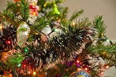 在树的圣诞节装饰诗歌选 免版税库存图片