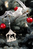在树的圣诞节装饰 免版税库存照片
