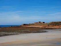 在根西岛海岛上的海滩  免版税库存图片