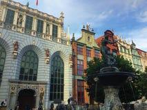 在格但斯克波兰Dlugi Targ街道的海王星雕象  免版税库存图片