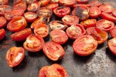 在格栅的蕃茄 免版税库存图片