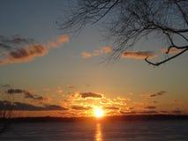 在格罗斯小岛密执安的秋天日落 图库摄影
