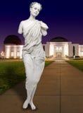 在格里菲斯观测所的人的女性雕象 库存照片