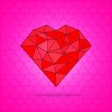 在桃红色背景的红色抽象多角形心脏 库存照片
